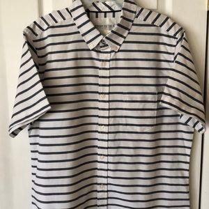 Shirt mens new size L Aeropostale short sleeves